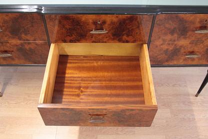Vintage low sideboard in 1960s Italian walnut briar